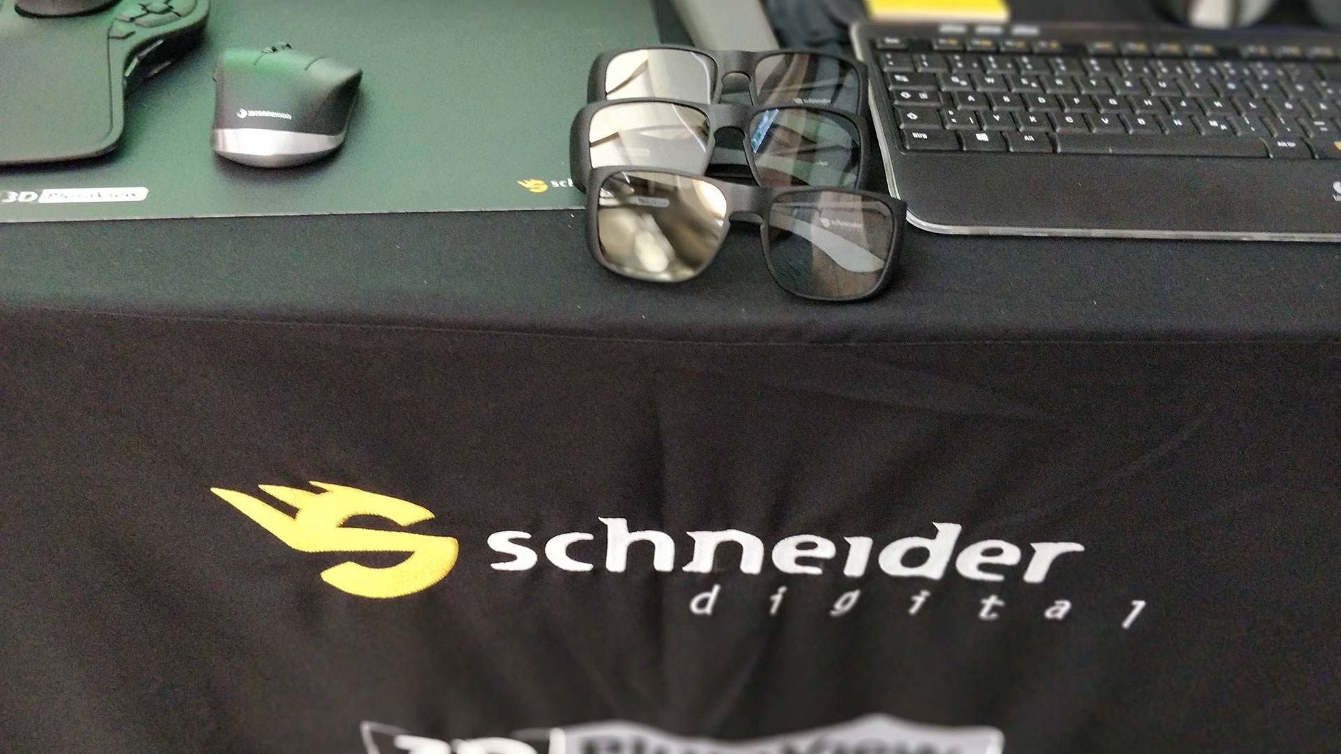 Review - 3D PluraView from Schneider Digital - October 15 to